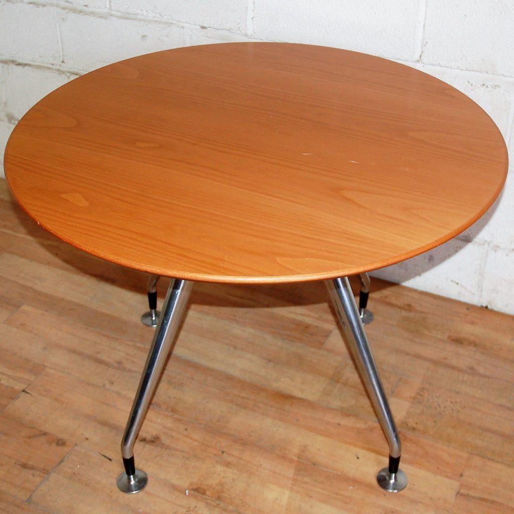 konig neurath circular table 100cm dia 15026. Black Bedroom Furniture Sets. Home Design Ideas