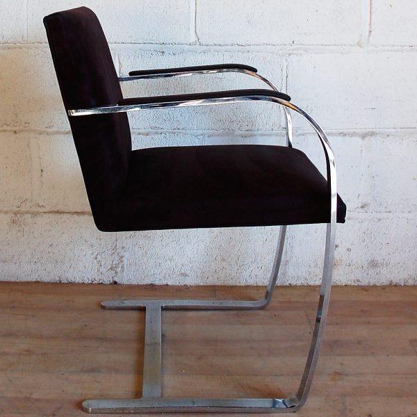 brno stuhl perfect brno stuhl von mies van der rohe fr. Black Bedroom Furniture Sets. Home Design Ideas