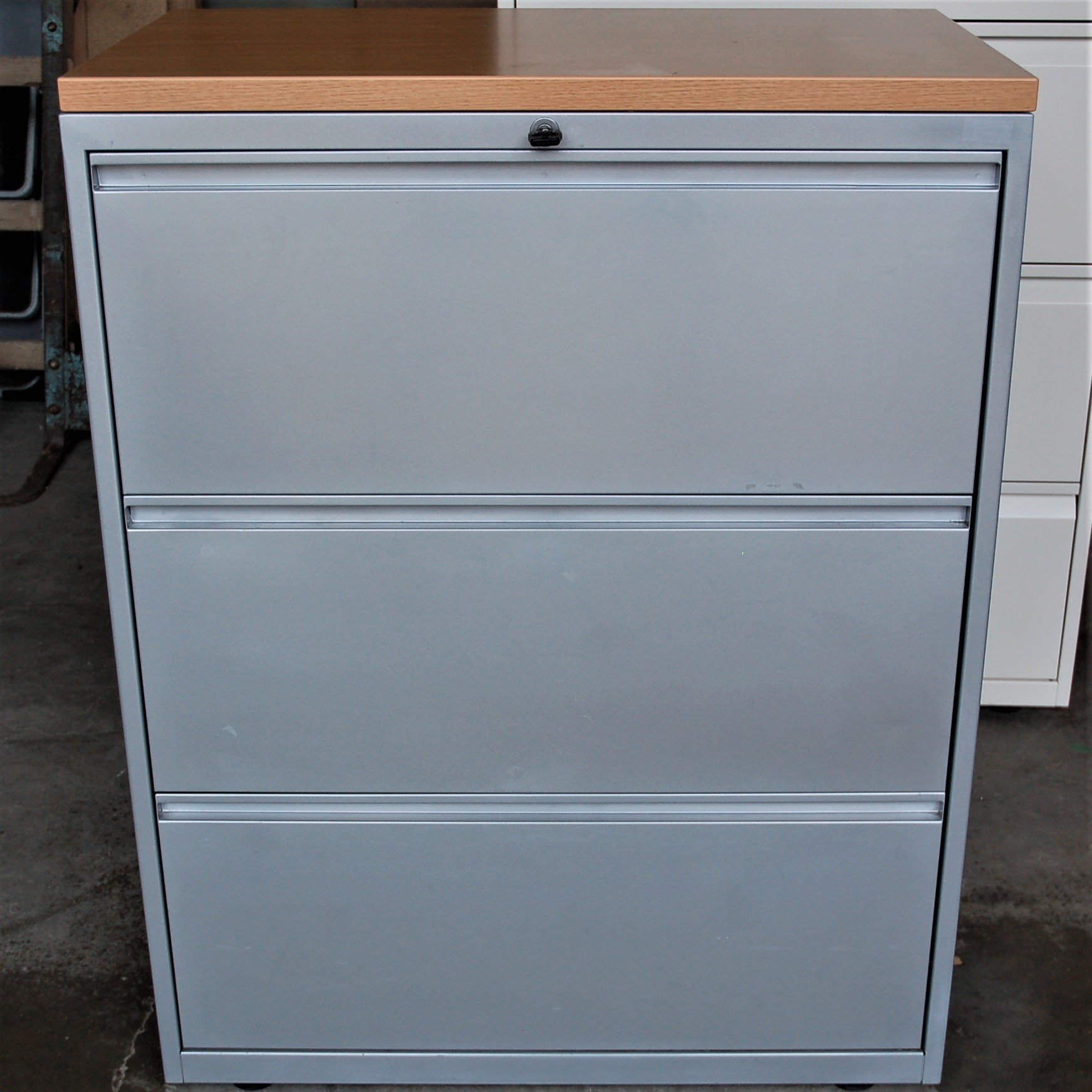 3dwr Lateral Filing Cabinet Silver Oak 6061