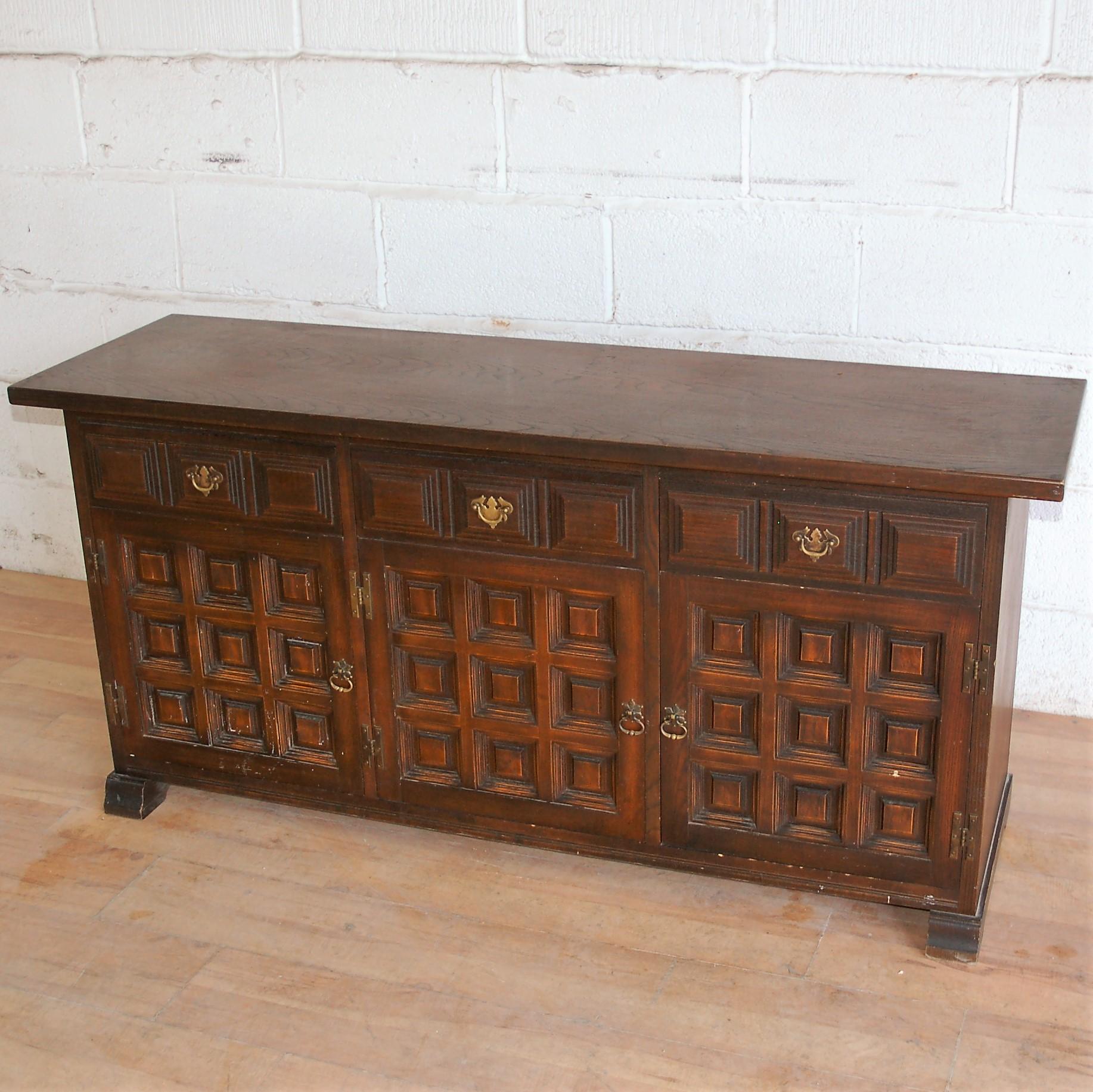 Vintage Dark Wood Sideboard 9023