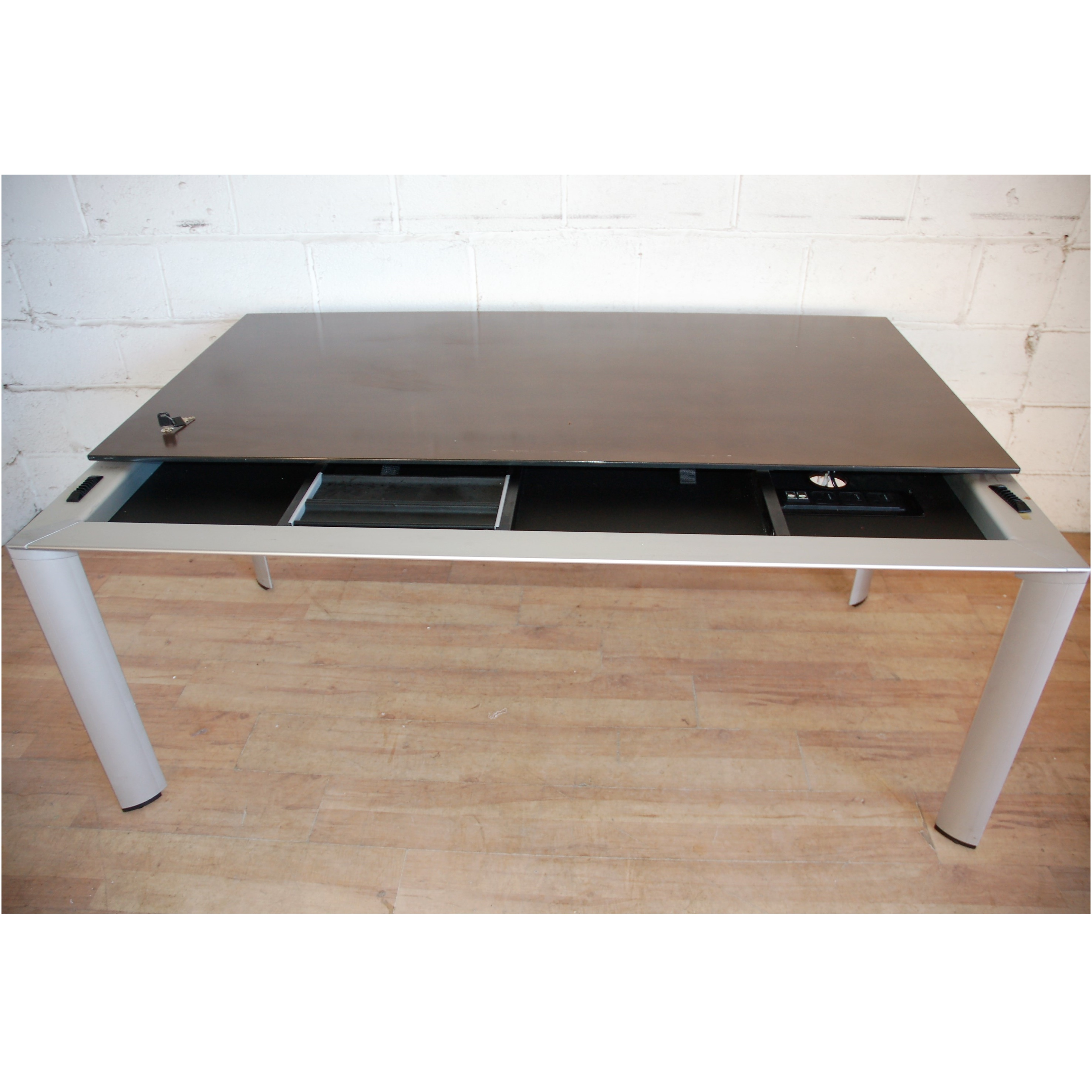 Bene Office Furniture: BENE AL Group Executive Desk Cherry Veneer 11102 Allard