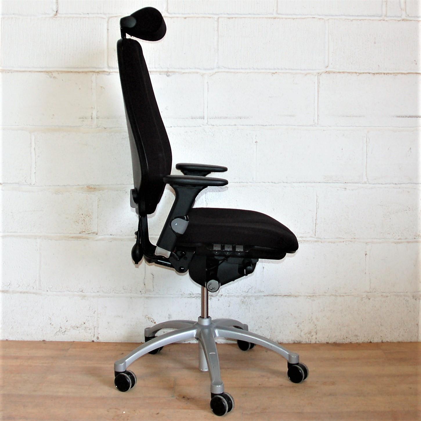Chewning ergonomic task chair