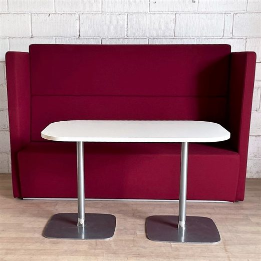 EDGE DESIGN Fifteen High Quiet Booth Seating and Table 3034