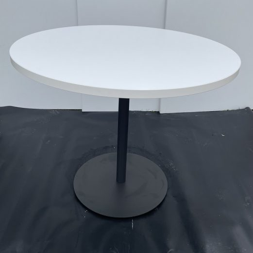 Round Meeting Table 900mm 15117
