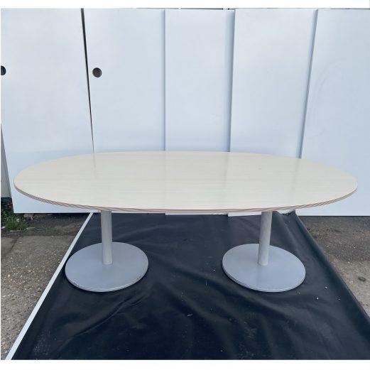 BENE Oval Boardroom Table