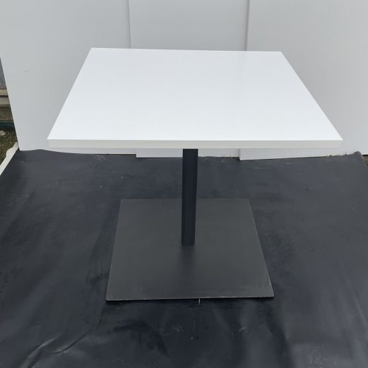 Square meeting table 15116