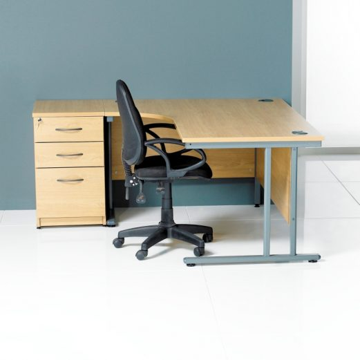 Georgio J Shape Desk 600 x 800