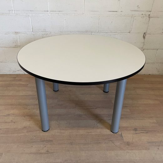 White Circular 1200mm Table 15121